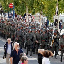 Savanoriai Prancūzijoje atkūrė Pirmojo pasaulinio karo stovyklą