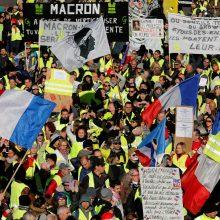 """Prancūzijos """"geltonosios liemenės"""" renkasi į lemiamus savaitgalio protestus"""