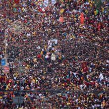 Procesijoje Filipinuose – šimtai tūkstančių tikinčiųjų
