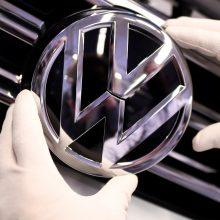 """""""Volkswagen"""" atleis per 5 tūkst. darbuotojų?"""