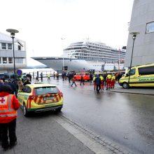 Sugedęs Norvegijos kruizinis laivas pasiekė uostą (atnaujinta)