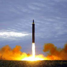 Šiaurės Korėja žada paleisti daugiau raketų