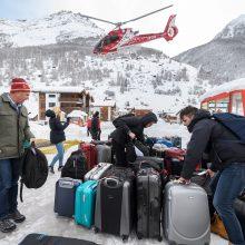 Sniegas trikdo lietuvių keliautojų planus