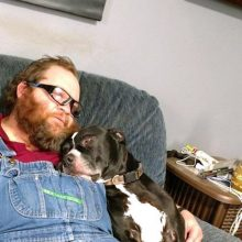 Amerikietį iš pistoleto pašovė jo paties šuo