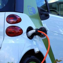 Lietuvos miestuose – 57 naujos elektromobilių įkrovimo prieigos