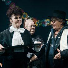 Spektaklių recenzijos: ką verta pamatyti?