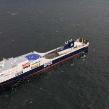 """Gaisrą patyręs keltas """"Regina Seaways"""" atplaukė į Klaipėdos uostą"""