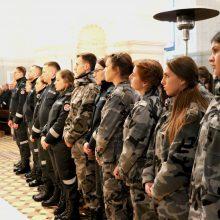 Kauno apskrities pareigūnų gretas papildė beveik 40 jaunų policininkų