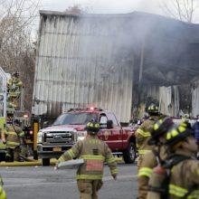 Kosmetikos fabrike per sprogimus ir gaisrą sužeistų žmonių skaičius viršijo 125