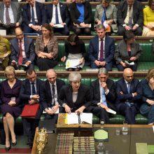 "Britų parlamentarai susigrąžina ""Brexit"" kontrolę"
