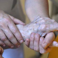 Olandijoje keliama pirma byla eutanaziją atlikusiai gydytojai