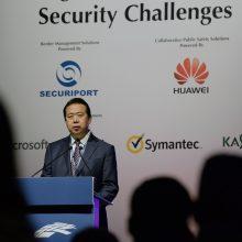 Interpolo prezidentas ragina bendromis jėgomis kovoti su kibernetinėmis grėsmėmis