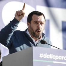 M. Salvini: kad išvengtų prancūziškų neramumų Italija turi didinti biudžeto išlaidas