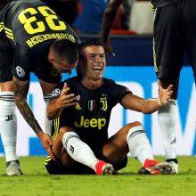Cristiano Ronaldo buvo pašalintas iš aikštės