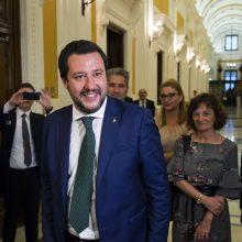 """Italijos ministras abejoja dėl """"suvienytos Europos išlikimo"""""""