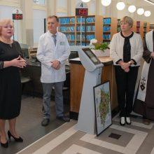 Pacientus pasitinka atnaujinta Centro poliklinikos registratūra