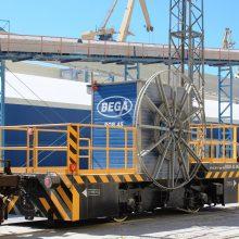 """Kūryba: """"Begos"""" specialistų sukurtas vagonų patraukimo robotas ROB-45 įvertintas """"Lietuvos metų gaminiu 2016""""."""