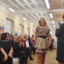 G. Pintukaitės kurtas sukneles pristatė žinomos Lietuvos moterys