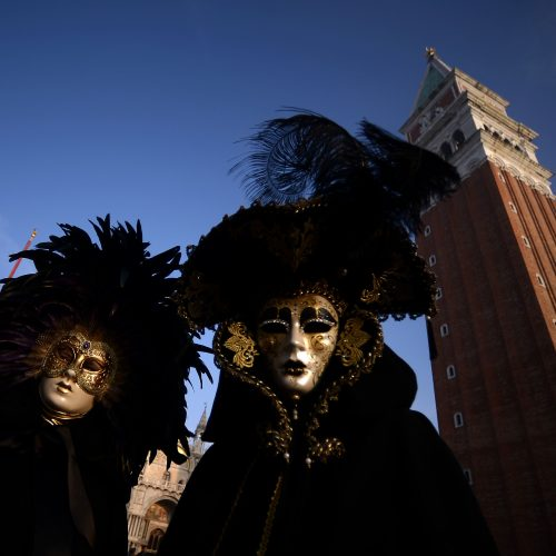 Venecijoje įsibėgėjo tradicinis karnavalas  © Scanpix nuotr.