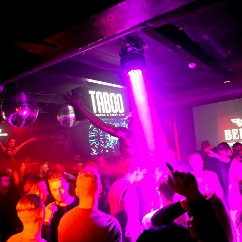"""""""Taboo"""" klube – įkaitusi šokių aikštelė  © Tomo Petrovskio nuotr."""