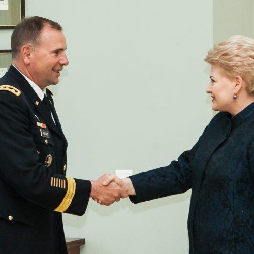 D. Grybauskaitė susitiko su JAV generolu leitenantu