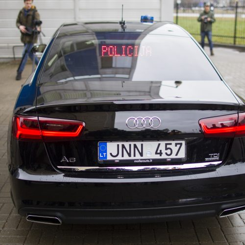 """Policijos """"Audi"""" – naujausia greičio matavimo įranga"""