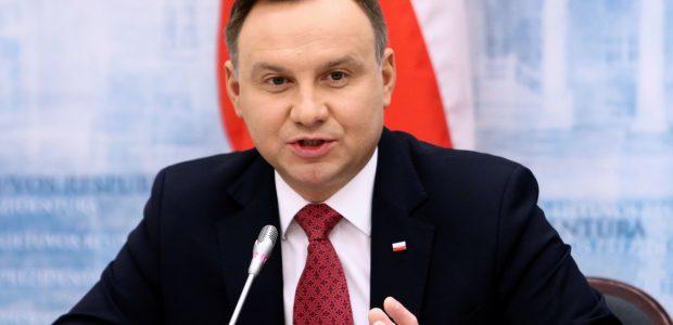 Keliolikai žymių Lietuvos piliečių skirti Lenkijos valstybės apdovanojimai