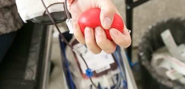 Gyventojus kvies aktyviau duoti kraujo