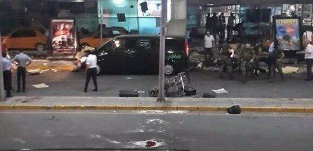 Stambulo oro uoste per mirtininkų sprogdintojų ataką žuvo apie 10 žmonių