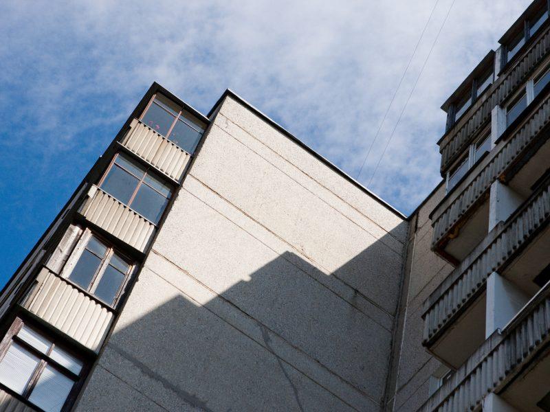 Seimas pritarė prezidentės veto dėl tarnybinių butų