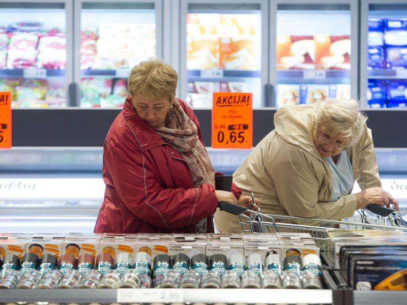 """""""Eurostatas"""": metinė infliacija Lietuvoje liepą sudarė 2,3 proc."""
