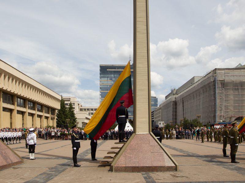 Lietuvoje prisimenamos trėmimų ir okupacijos aukos