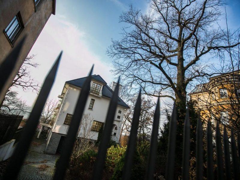 Kodėl atšauktas V. Romanovo namo aukcionas – paslaptis