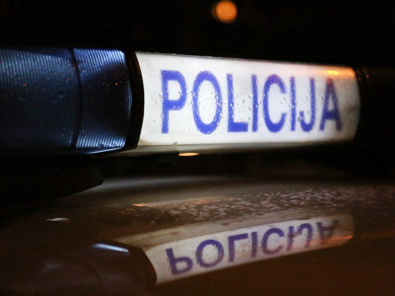 Molėtų rajone rastas žaizdomis nusėtas vyro lavonas