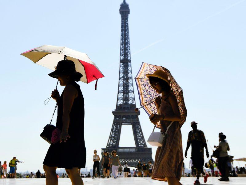 Paryžiaus centras vieną dieną per mėnesį bus skirtas pėstiesiems