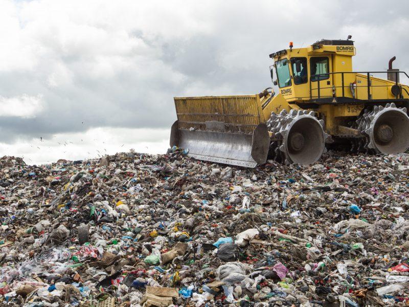 Nepavojingų atliekų degintojams siūlomas naujas mokestis