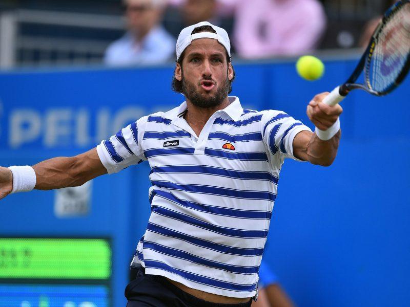 F. Lopezas be vargo pateko į ketvirtfinalį Londone