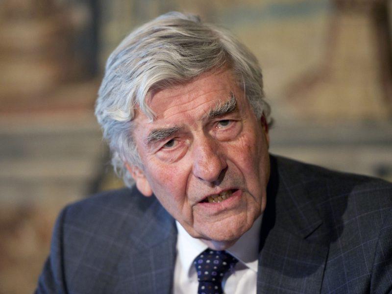 Mirė buvęs Nyderlandų premjeras R. Lubbersas