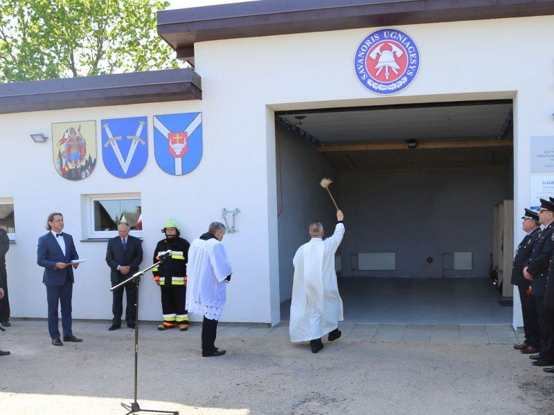 Vandžiogala jau turi savo ugniagesių komandą ir naują gaisrinę
