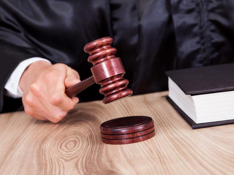 Nuteisti už šnipinėjimą su nuosprendžiu nesutinka