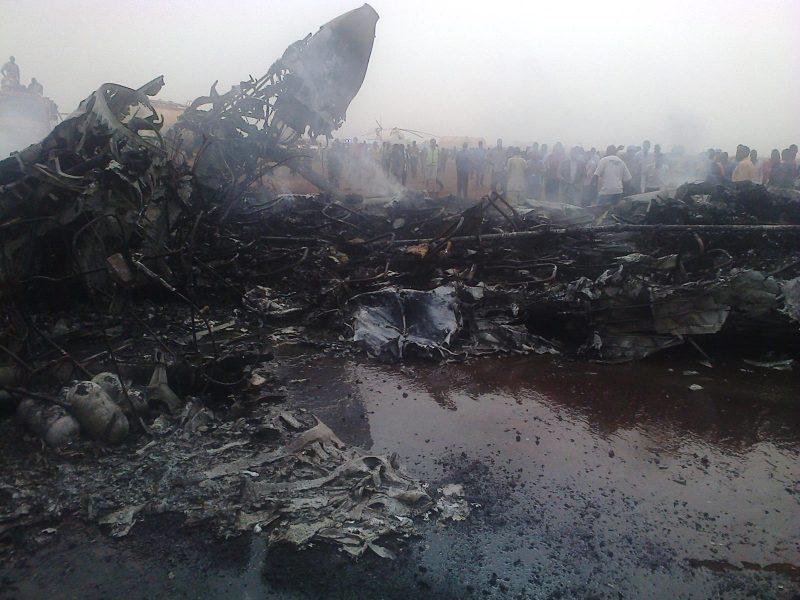 Pietų Sudane leisdamasis sudužo keleivinis lėktuvas