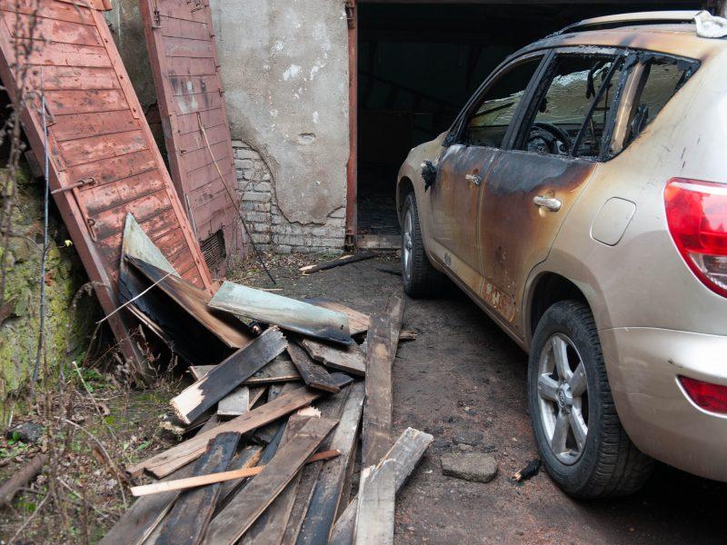 Maironio g. liepsnojo garažas