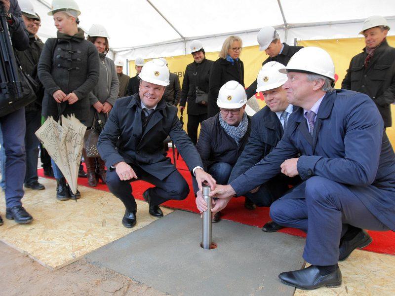 Pradėti kloti naujos Kauno autobusų stoties pamatai