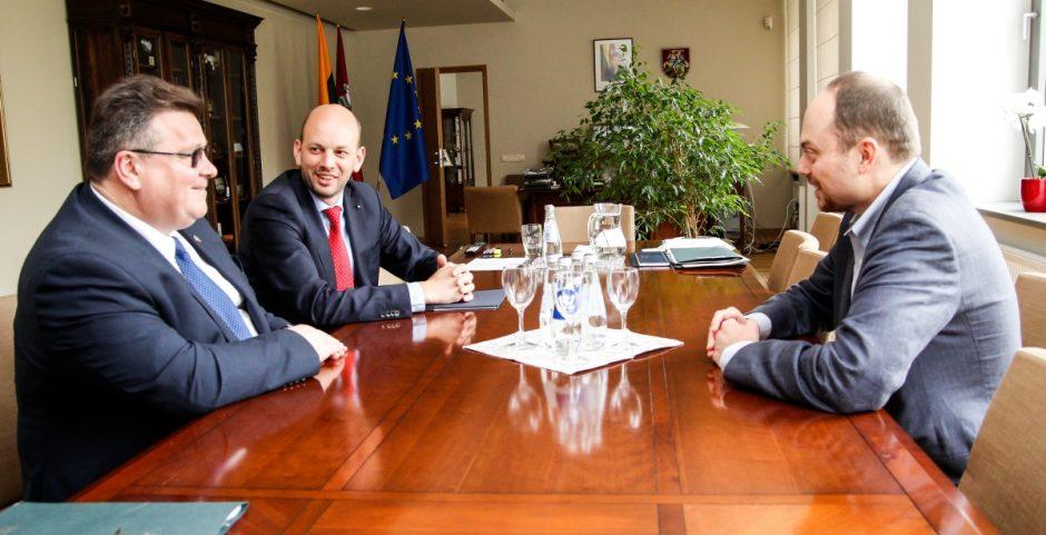 Ministras: Lietuva suinteresuota plėsti dialogą su Rusijos visuomene