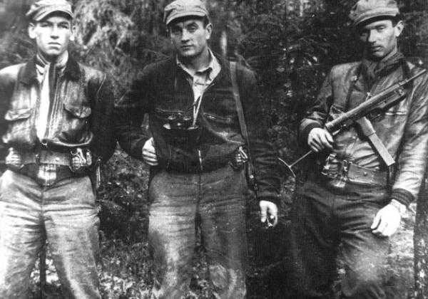 Pokario partizanams pagerbti Kauno rajone rengiamas naktinis žygis