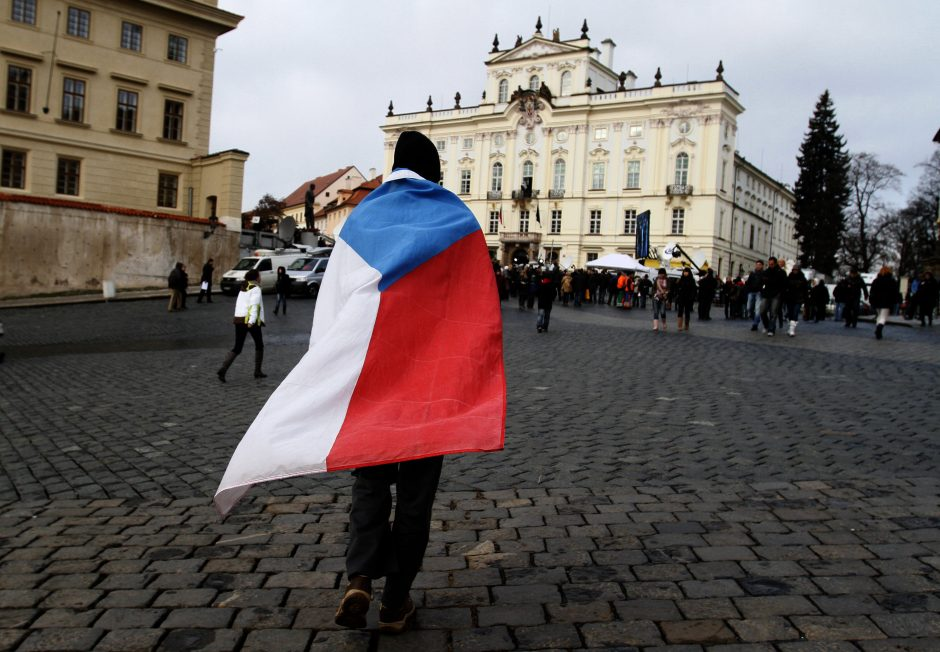 Čekijoje į valdžios Olimpą grįžta komunistai?