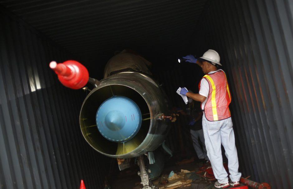 Sulaikytame Šiaurės Korėjos laive - 2 Sovietų Sąjungos gamybos naikintuvai