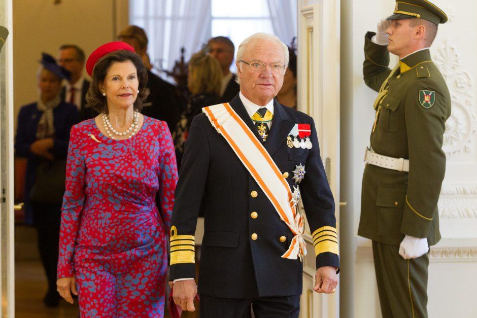 Švedijos karalienė Silvija: svarbu vaikams suteikti galimybę norėti skaityti