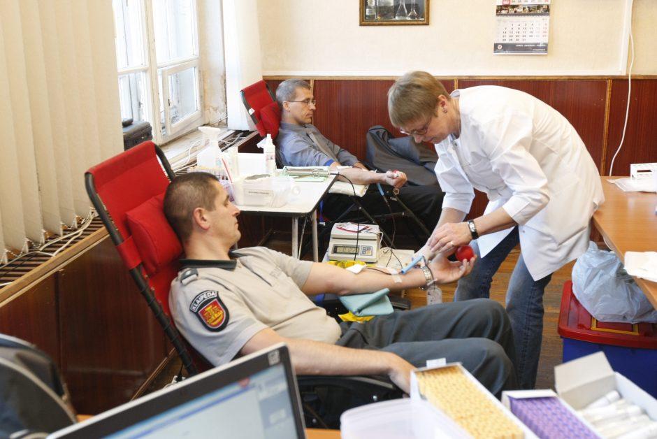 Uostamiesčio pareigūnai pasidalijo savo krauju