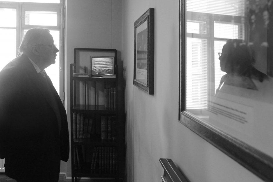 V. Landsbergis: J. Panka, tu nesi tauta